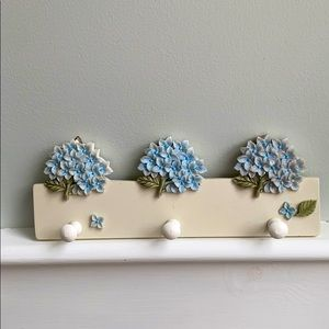 Hydrangea Wall Hook 3 peg key hook white blue